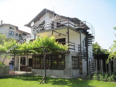Solid villa for permanent living in Balchik