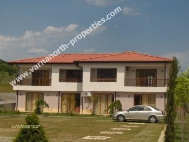 Cheap holiday apartments and villas near Varna