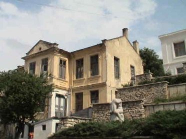 Old house, architectural monument