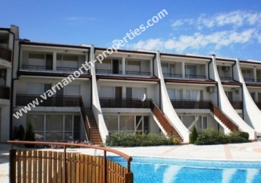 Fully finished house with garage in Kavarna Golf Riviera, Bozhurets village