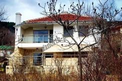 villa with sea view in Balchik