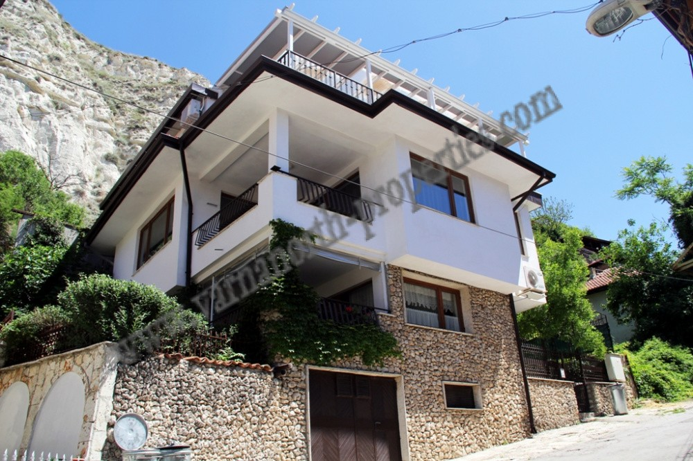 Lovely house with excellent location