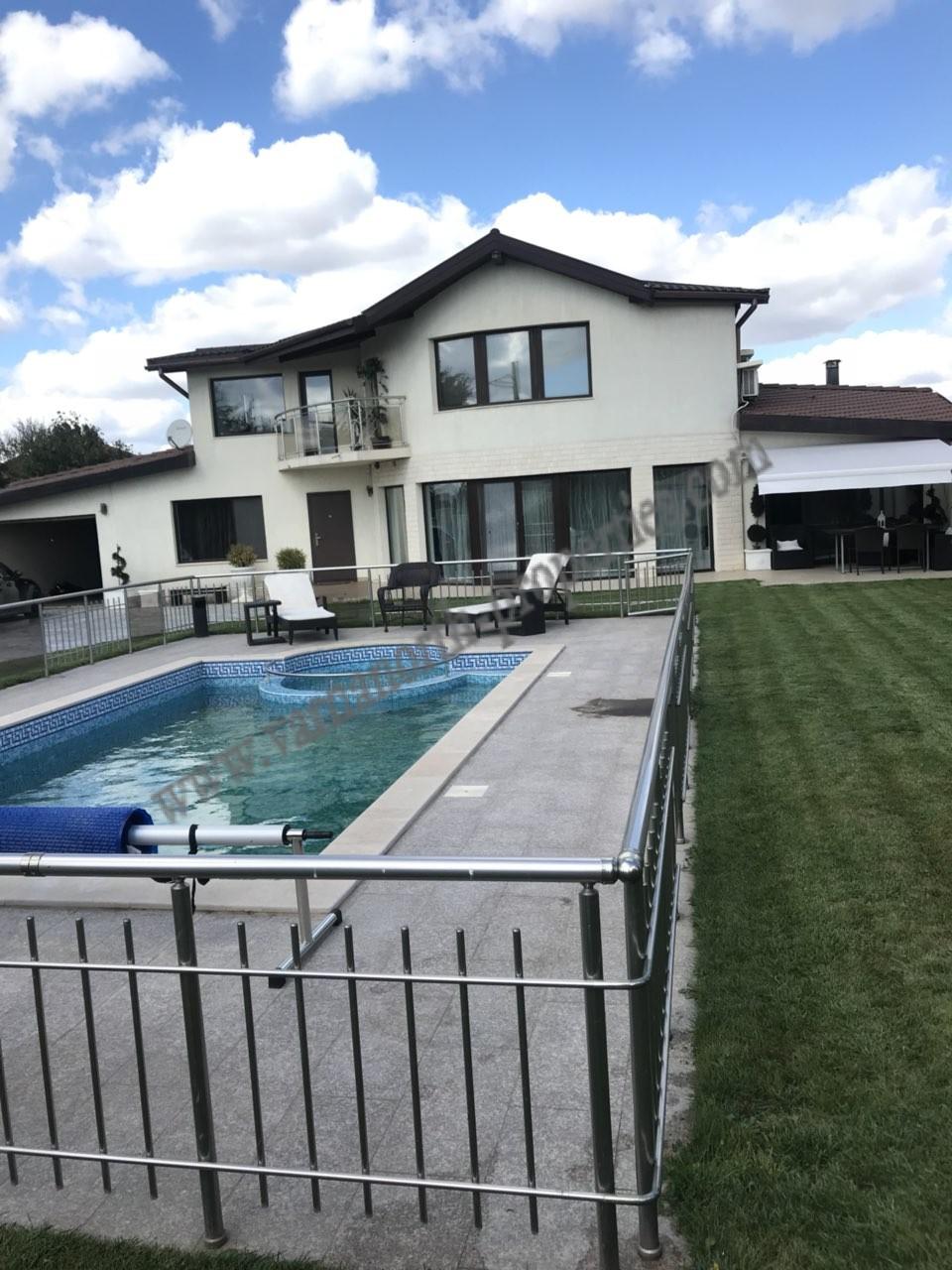 New, modern house