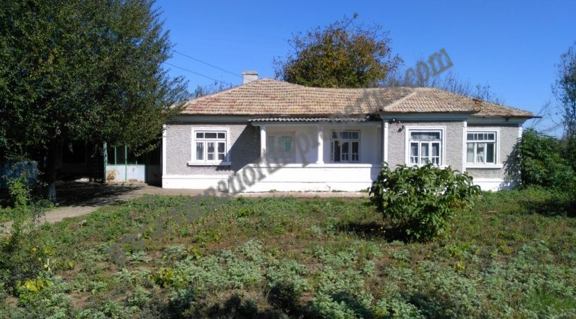 house for renovation in Sokolovo