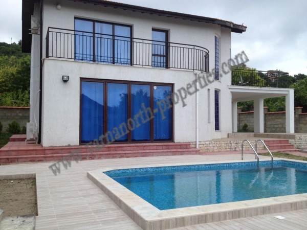 Detached House near Albena Sea Resort