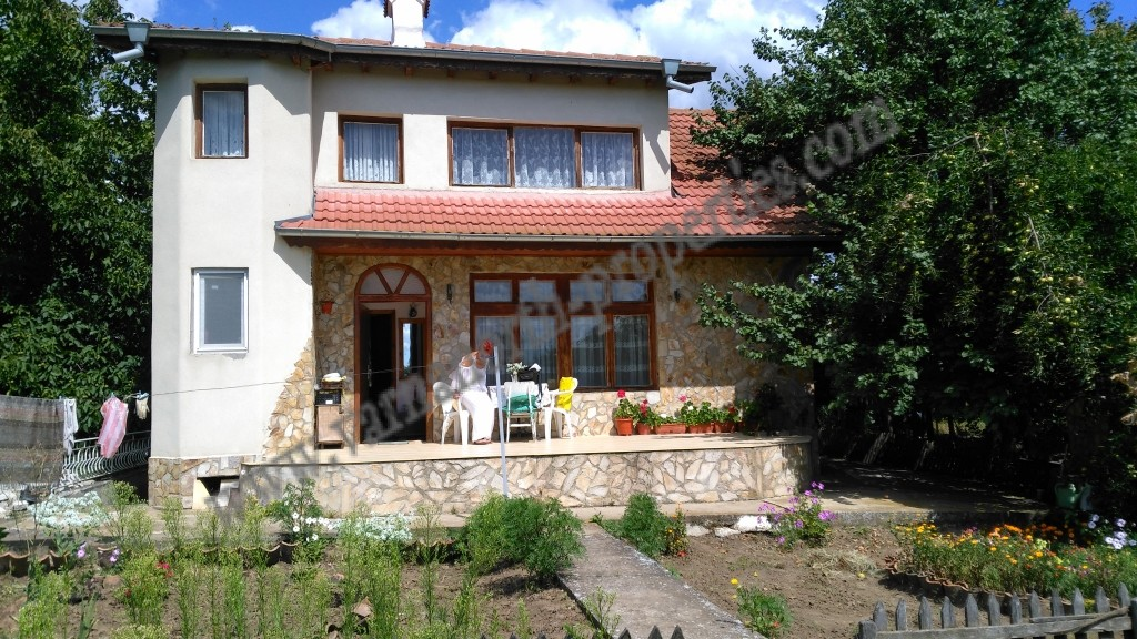 Excellent house 12 km from Dobrich
