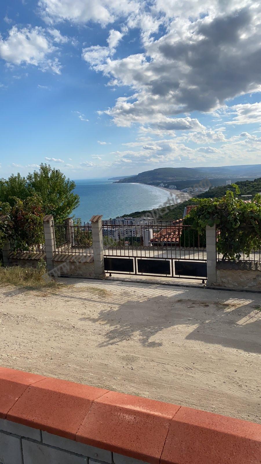 "Property with sea view in ""Izgrev"" Balchik"